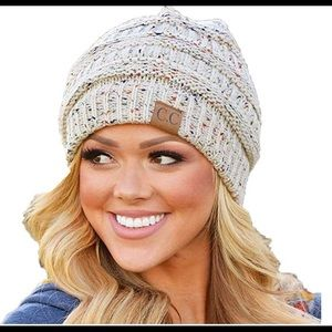 Brand New Warm Fitted Beanie